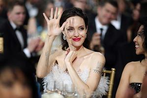Очень худая Анджелина Джоли на Critics' Choice Awards