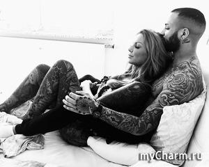 """Вместо одежды немецкая модель предпочитает """"носить"""" татуировки"""