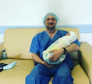 Гоша Куценко поделился фотографией младшей дочки