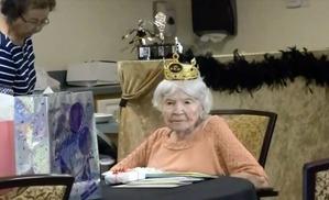 Секрет долголетия 105-летней американки - вечеринки и казино