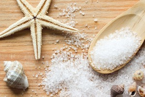 Морская соль в уходе за кожей
