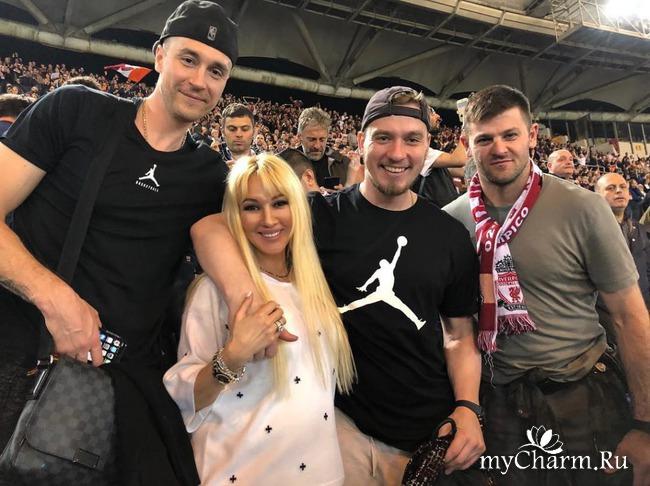 Лера Кудрявцева принимает поздравления с беременностью