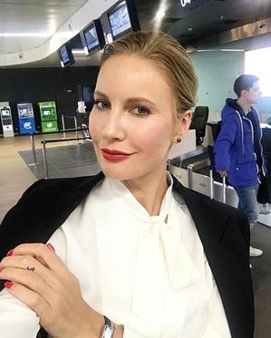 Елена Летучая на премьере в Каннах