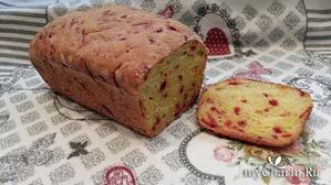 Хлеб домашний со свеклой, очень красивый и вкусный.