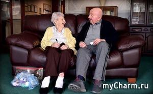 98-летняя мать ради старика-сына отправилась в дом престарелых