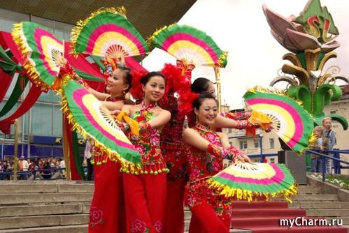 Китайские танцы.