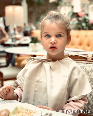 Трехлетняя дочка Ксении Бородиной панически боится беременности