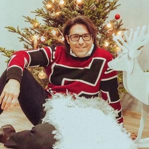 Андрей Малахов показал фото с новогоднего утренника в саду