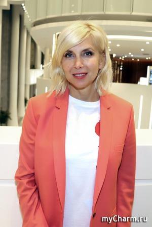 Алена Свиридова поделилась новогодним снимком сына