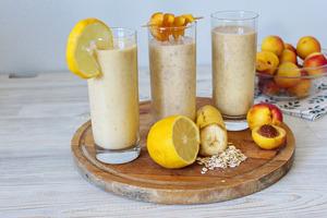 3 рецепта смузи с персиком.