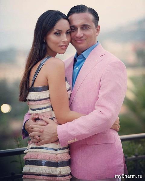 Алсу поделилась с подписчиками совместным снимком с мужем