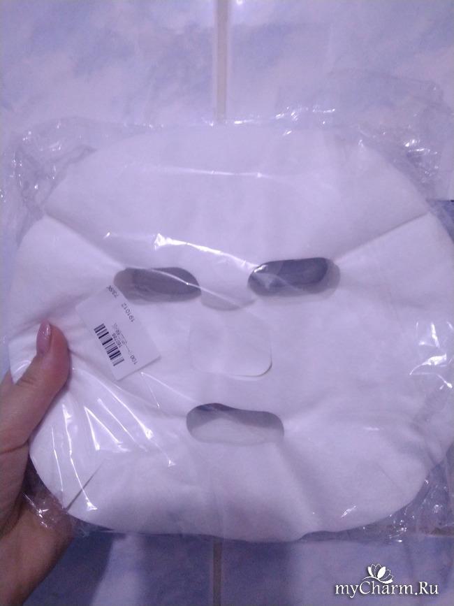 Уход с помощью тканевых масок