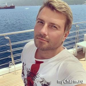 Николай Басков поделился снимком из семейного архива