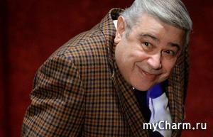 Евгений Петросян обзавелся новой молоденькой помощницей