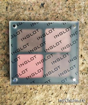 Палетка теней от Inglot Freedom system.