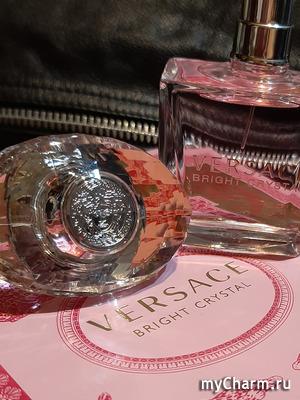 Розовый лед от Versace