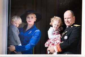 Княгиня Монако призналась, почему ей сложно улыбаться на фото