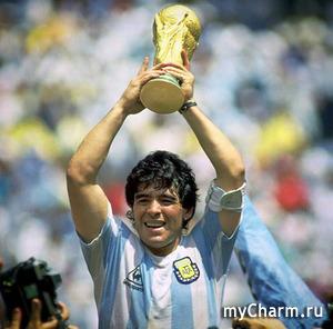 Ушёл из жизни легендарный футболист Диего Марадона