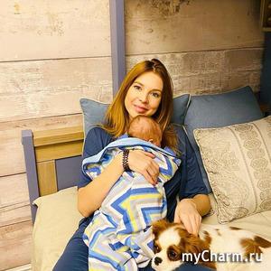 Наталья Подольская поделилась снимком младшего сына