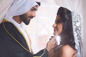 Выйти замуж за знойного араба!