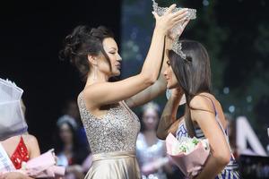 Победительницей конкурса «Мисс Москва-2021» стала Аля Саламова
