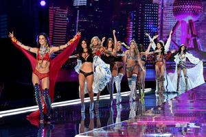 Представители бренда Victoria's Secret объявили о замене всех «ангелов»