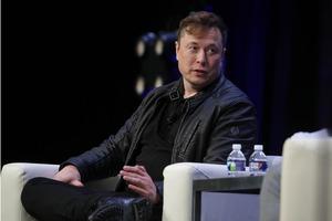 Илон Маск признался в том, что он давным-давно страдает от психического расстройства